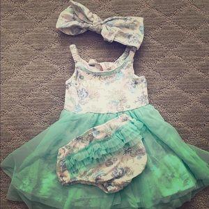 Catherine Malandrino baby dress set